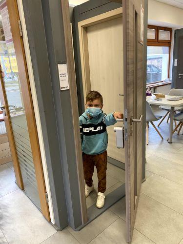 dveře, dveřní zabezpečení